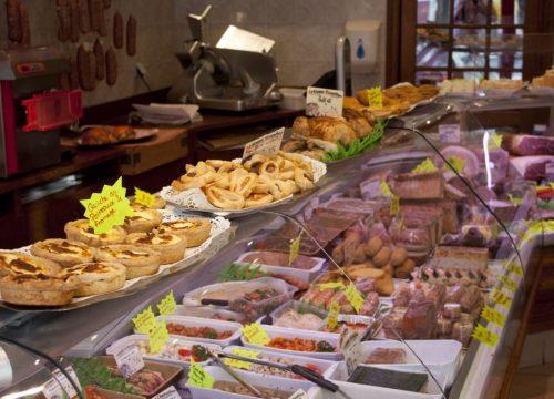 Banque l'Assiette est dans le Pré Boucherie Charcuterie Traiteur - Tramayes - Saône et Loire Bourgogne Charolais